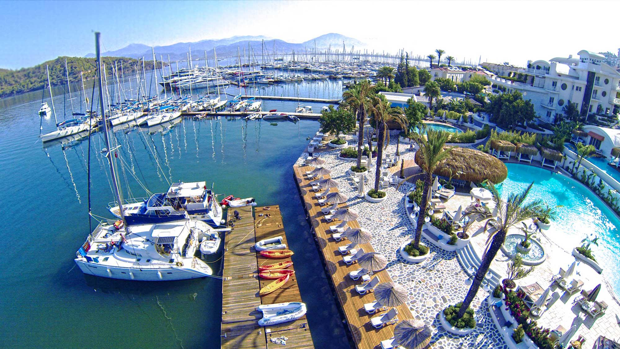 Yacht Classic Marina