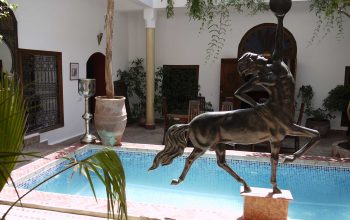 Courtyard and pool at Riad el Zohar