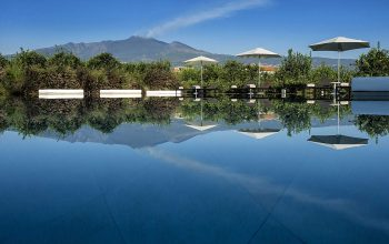 Ramo D'Aria fabulous pool and dramatic view of Mount Etna
