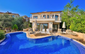 Villa Aphrodite pool and terrace