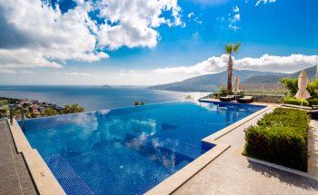 Villa Zaffre beautiful views from the infinity pool
